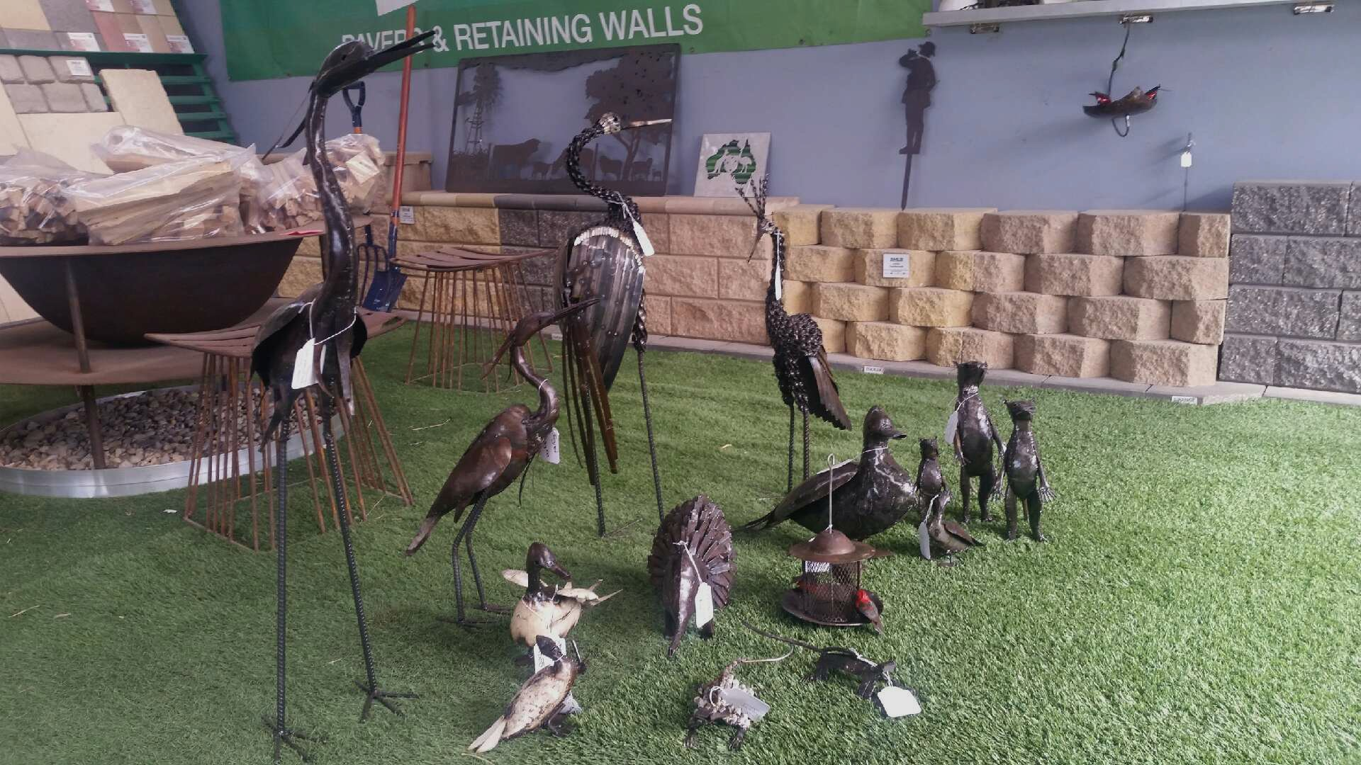 New outlet for Garden Zoo metal sculptures